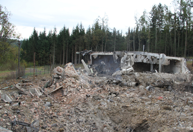 muniční skald po explozi
