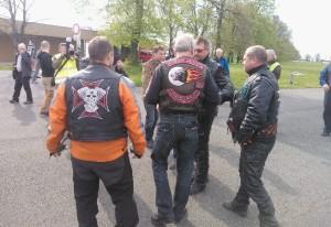 Noční vlk a český biker v Hrabyni