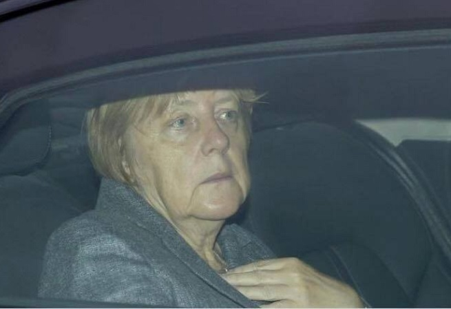 Merkel - politická a lidská mrtvola