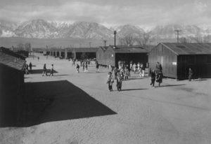 Koncentrák pro Japonce - Američané započali ze zušenostmi s koncentráky pro indiány